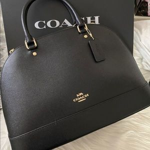 🌹🌹🌹 coach sierra large new authentic